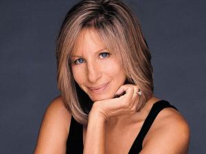 Famosos con acufenos-Barbara Streisand