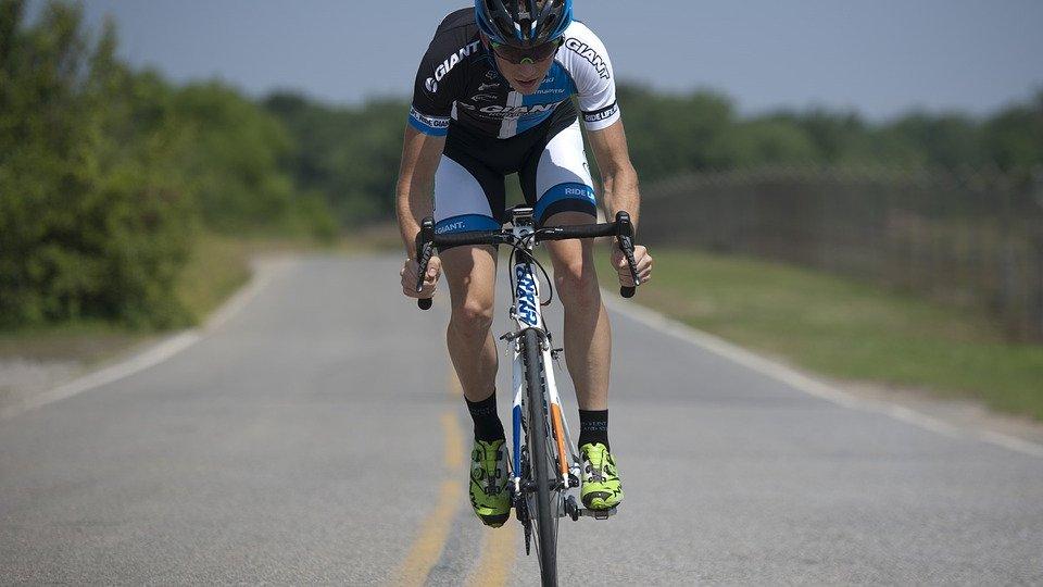 cycling-1813444_960_720