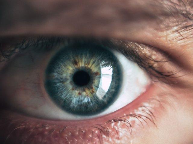 Ortoqueratologia corrige tu miopia mientras duermes